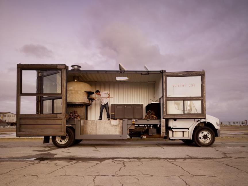 Coast to Coast: 12 Crazy Food Truck Cuisines Worth Road Tripping For | Brit + Co.